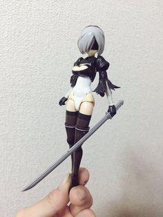 Twitter Nier Automata Figure, Bjd Dolls, Barbie Dolls, Sketch Design, Design Art, Anime Figures, Action Figures, Woman Mechanic, Frame Arms Girl