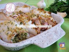 CALAMARI RIPIENI VELOCI ricetta light fast stuffed squid is a quick and tasty recipe that my aunt always prepared for me during the summer holidays Calamari Recipes, Shellfish Recipes, Seafood Recipes, Chef Recipes, Italian Recipes, Cooking Recipes, Healthy Recipes, Love Eat, I Love Food