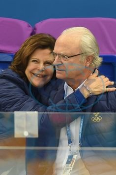 Queen Silvia and King Carl XVI Gustaf being adorable! 2014 Olimpics