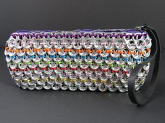 These environmentally friendly purses are a part of our up-cycled fashion collection. This handmade bag in a clutch style is a unique purse made of soda can tabs. Soda Tab Crafts, Can Tab Crafts, Diy Jewelry, Jewelery, Jewelry Making, Diy Crochet, Crochet Crafts, Pop Can Tabs, Soda Tabs