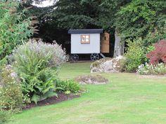 Plankbridge Shepherd's Huts, Dorset Writer's Hut, delivered to Dartmoor