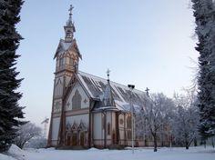 Finland, Kajaani | File:Kajaani kirkko 20090116.JPG | http://en.wikipedia.org/wiki/Kajaani_Church