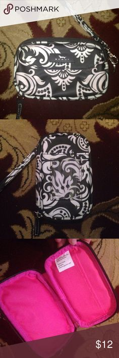 🆕 Scout Wristlet NWOT Black and White Paisley Scout Wallet Scout Bags Clutches & Wristlets