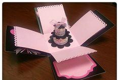 invitación muy bonita en forma de caja