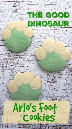 Great for any dinosaur themed party! -- These The Good Dinosaur cookies are designed to look like the bottom of Arlo's foot – complete with his not-so-little dino toes. Dinosaur Birthday Party, 4th Birthday Parties, Dinosaur Themed Food, The Good Dinosaur Cake, Dinosaur Dinosaur, Dinosaur Crafts, Third Birthday, Boy Birthday, Birthday Ideas