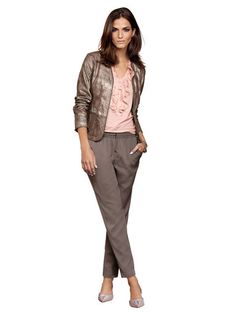 Alba Moda White Joggpants Alba Moda, Elegant, Passion For Fashion, Style Me, Suits, Tops, Classy, Outfits, Shell Tops