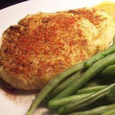 Spicy Tuna Fish Cakes Recipe - making these tomorrow, serving with some tzatziki. Tuna Fish Cakes, Fish Cakes Recipe, Fish Recipes, Seafood Recipes, Cooking Recipes, Tinned Tuna Recipes, Recipies, Cooking Fish, Salmon Cakes