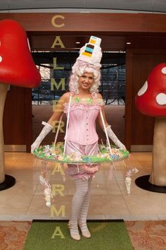 Alice through the Looking Glass themed entertainment to hire for corporate events, weddings and private parties. Tel:  020 3602 9540    http://www.calmerkarma.org.uk/Alice-in-Wonderland.htm Magical Alice in Wonderland Themed Entertainment; London & UK Parties
