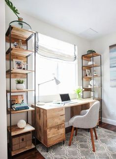 16 Modern Computer Desk for Your Home Office- Annamarie- office decor office design office ideas Office Nook, Guest Room Office, Home Office Space, Home Office Desks, Guest Rooms, Apartment Office, Office Rug, Bedroom Office Combo, Small Office Spaces
