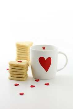 valentine's day mug - darling idea with a @sharpieuncapped