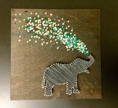 Tackling the string art elephant. Tackling the string art elephant. Cute Crafts, Crafts To Do, Arts And Crafts, String Art Diy, Creation Deco, Ideias Diy, Crafty Craft, Diy Wall, Wall Decor