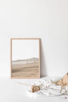 Aesthetic Backgrounds, Aesthetic Iphone Wallpaper, Aesthetic Wallpapers, Wallpaper Backgrounds, Cream Aesthetic, Brown Aesthetic, Beige Wallpaper, Minimalist Wallpaper, Beach Wall Art