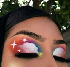 Kreatives Sternenwolken Make-up bunt . kreatives Sternwolkenmake-up buntes Make-up Makeup Eye Looks, Eye Makeup Art, Cute Makeup, Eyeshadow Looks, Pretty Makeup, Eyeshadow Makeup, Star Makeup, Gym Makeup, Eye Art