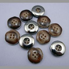 ハンドメイド 即決 ボタン 丸形 茶 樹脂&金属 径18mm 20個 D10小 Handmade button ¥400円 〆03月24日