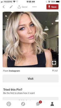 Length w/o layers Hair Inspo, Hair Inspiration, Medium Hair Styles, Short Hair Styles, Balayage Blond, Pinterest Hair, Hair Color And Cut, Up Girl, Mi Long