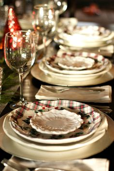 Holiday Winter's Eve Table Setting with Cranberry Pear Chutney Appetizer ReluctantEntertainer.com