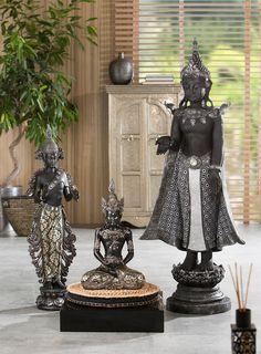 Artikeldetails: Imposante Buddha-Statue, Liebevoll handbemalt, Maße: Höhe: 81 cm, Material/Qualität: Aus Polyresin (Kunststein), Wissenswertes: Für den Innenbereich, ...
