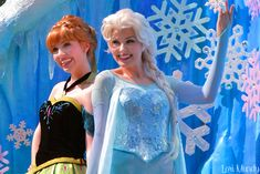 Anna and Elsa Festival Of Fantasy Parade (by disneylori)