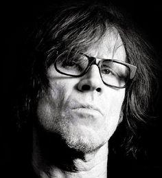10 Glasses Ideas Mark Lanegan Queens Of The Stone Age Singing Voice