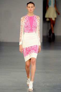 David Koma Spring 2012 Ready-to-Wear Collection Slideshow on Style.com