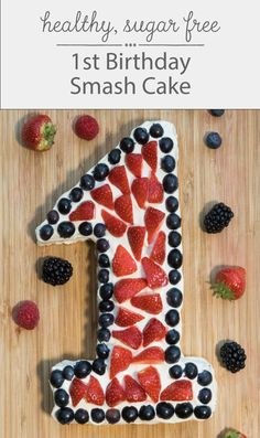This healthy, sugar free First Birthday Smash Cake is perfect for your baby's birthday party! Easy and ready in just 30 minutes. Save this recipe in your board for inspiration! birthday smash cake First Birthday Smash Cake Easy Birthday Desserts, Healthy Birthday Cakes, Healthy Cake, Healthy Sugar, Healthy Food, Smash Cake First Birthday, Baby Birthday Cakes, Baby Cakes, Birthday Boys