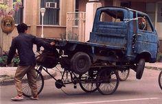 Top 20 des véhicules incroyablement chargés, les déménagements en un voyage