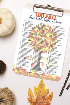 Grab the kids and this free printable list of 100 Family Friendly Fall Bucket List Ideas to get started with lots and lots of amazing fall activities! Free Printable Art, Free Printables, Autumn Activities For Kids, Crafts For Kids, Herbst Bucket List, Fall Projects, Freundlich, Fall Halloween, Halloween Ideas