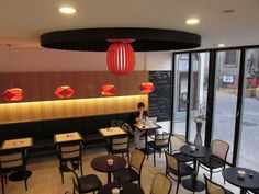 Vnitřní design je promyšlený do úplných detailů. #ASBportal #interior #café