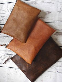 Pisidia Women's Leather Bowler Eco-friendly Silicone Handbag Brown Clutch Bags, Leather Clutch Bags, Leather Purses, Distressed Leather, Brown Leather, Diaper Bag Purse, Leather Handle, Leather Shoulder Bag, Avon