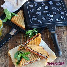 Kahvaltıyı daha pratik hale getirmeye ne dersin? Çift taraflı kullanım özelliği ve döküm kaplamasıyla Tost Grill #emsan #korkmaz #arçelik #kampanya #alışveriş