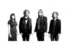 The Dandy Warhols return with new song 'You Are Killing Me'WithGuitars