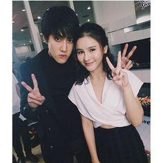 Aom and mike💕💕 Kiss Me Drama, Live Action, Full House Thai, Mike D Angelo, Taiwan Drama, Thai Drama, Cute Couples Goals, Drama Movies, Foto Bts