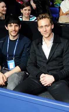 Can we just acknowledge the awesomeness of Merlin & Loki hanging out together? Colin Morgan and Tom Hiddleston Catherine Tate, Thomas William Hiddleston, Tom Hiddleston Loki, Loki Thor, Merlin Serie, Doctor Who, Bbc, Crossover, Armagh