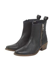 Woven Back Short Heel Boot in Black from hush £230!!!