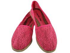 Alpargata em renda com Arabescos Pink, por apenas R$89.90 + frete grátis! Para verificar a numeração e efetuar a compra é só entrar em contato pelo e-mail: vendas@sapatilhashop.com.br