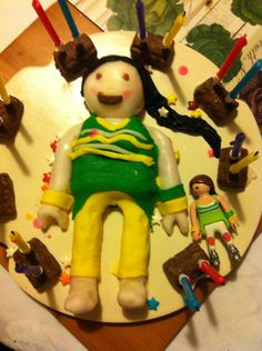 Playmobil cake made just from icing