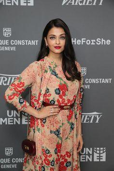 Aishwarya Rai Bachchan's stunning appearance at Cannes 2015 | PINKVILLA