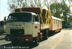 Afbeelding Transportation, Trucks, Vehicles, Europe, Dump Trailers, Bern, Switzerland, Swiss Guard, Life