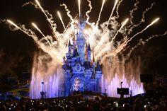 DISNEYLAND PARIS LANCE #TOUTESDESPRINCESSES UNE CHAÎNE SOLIDAIRE DIGITALE « Pour Noël, prenez-vous en photo et réalisez le rêve d'une petite fille qui grâce à la solidarité, pourra vivre une journée inoubliable. » #toutesdesprincesses #DisneylandParis http://www.lamodecnous.com/2014/11/21/disneyland-paris-lance-toutesdesprincesses/