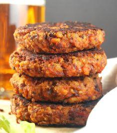 Kidney Bean and Roasted Red Pepper Burger Milanesa, Vegan Vegetarian, Vegetarian Recipes, Vegetarian Barbecue, Vegan Pizza, Vegan Foods, Vegan Dishes, Tempeh, Tofu