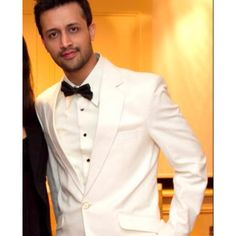 Best hindi singer ever! Mehndi, Lehenga, Atif Aslam, Favorite Person, Fangirl, Bollywood, Handsome, Singer, Pure Products