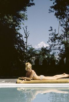 "welovebrigittebardot: ""Brigitte at home, Saint Tropez, 1963. """