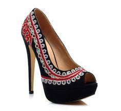 People's love <3 My slaves lubimyyy it; >> #fashion #heels #shoes #black platform