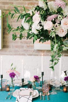Expressive tablescape | Photo by Alea Lovely