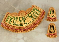 Antique Jewellery Designs, Gold Jewellery Design, Gold Pendent, Pendant Set, Rajput Jewellery, Saree Jewellery, Temple Jewellery, Gold Mangalsutra Designs, Women's Jewelry Sets