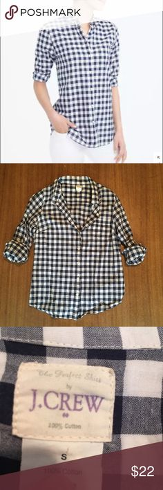 J. CREW Perfect Shirt in Navy Gingham J. CREW 'Perfect Shirt.' Comes in checkered navy gingham, and is 100% cotton (aka very soft). Size S--fits true to size for an oversize look, or could fit size M for a tighter look. Pre-worn. Let me know if you have any other questions! J. Crew Tops Button Down Shirts