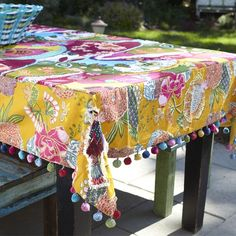 Tallulah Tablecloth from the Free-Spirited Kitchen event at Joss and Main Idea to sew pom-pom trim to a table cloth to add some whimsy! Mantel Redondo, Decoration Table, Table Covers, Joss And Main, Table Runners, Diy And Crafts, Sewing Projects, Crafty, Make It Yourself