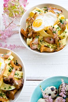 pappardelle with chanterelles in a light chardonnay cream sauce