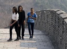 OUR  FIRST LADY MICHELLE OBAMA AND DAUGHTERS VISIT CHINA