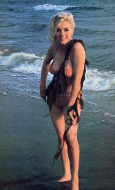 MM photographed by George Barris 1962